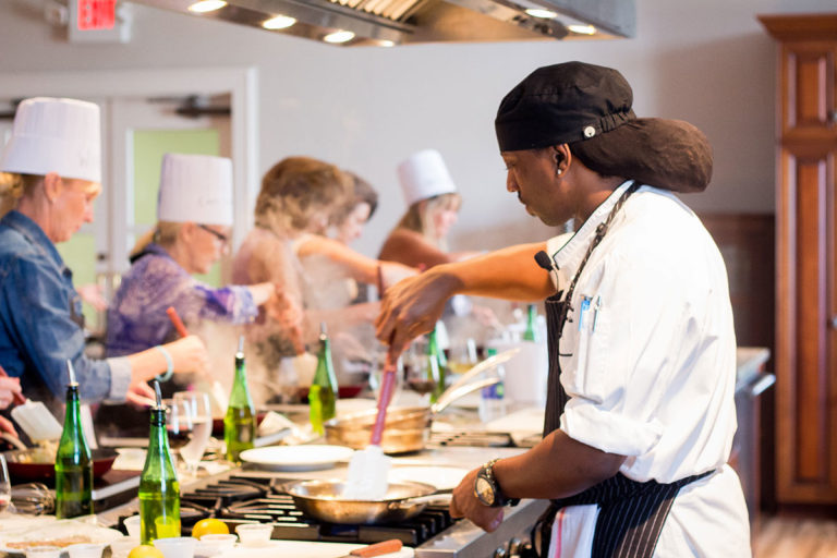 COOKING CLASSES: A NEW TREND
