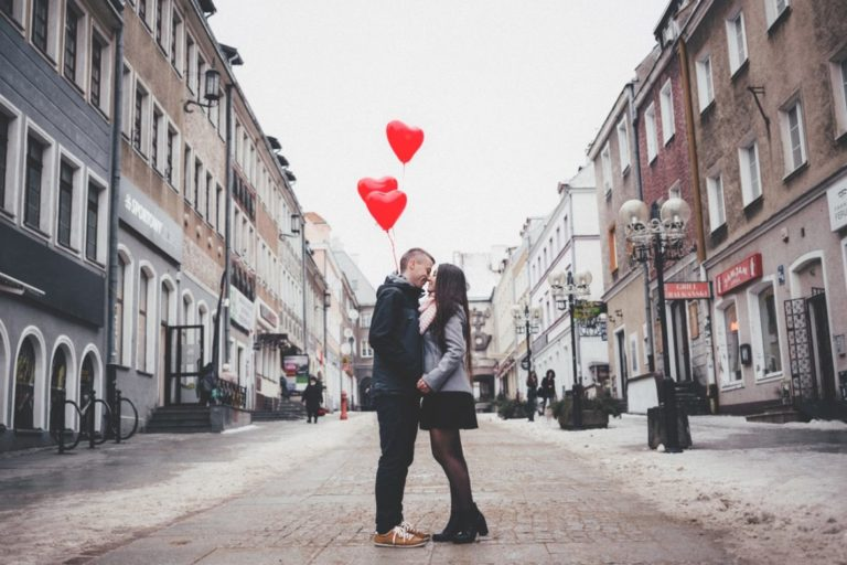 Here Are the Top Best Ways to Surprise Your Lover That You Didn't Know About