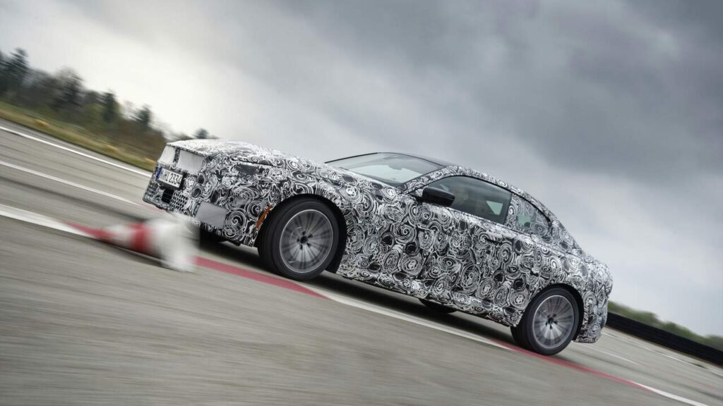 2022 BMW 2-Series Series Fully Unveiled Cup Cutting Camouflage